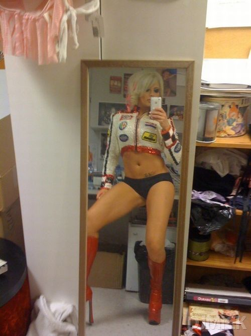 sexy_self_shot_mirror_pics_11